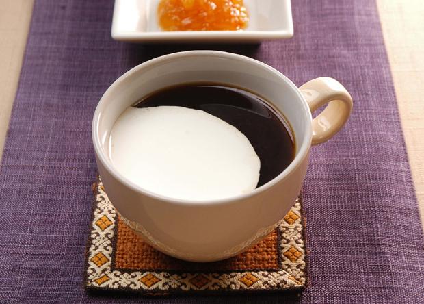 クリーム入りコーヒー